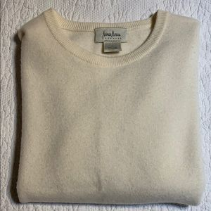 Neiman Marcus cashmere sweater. Large